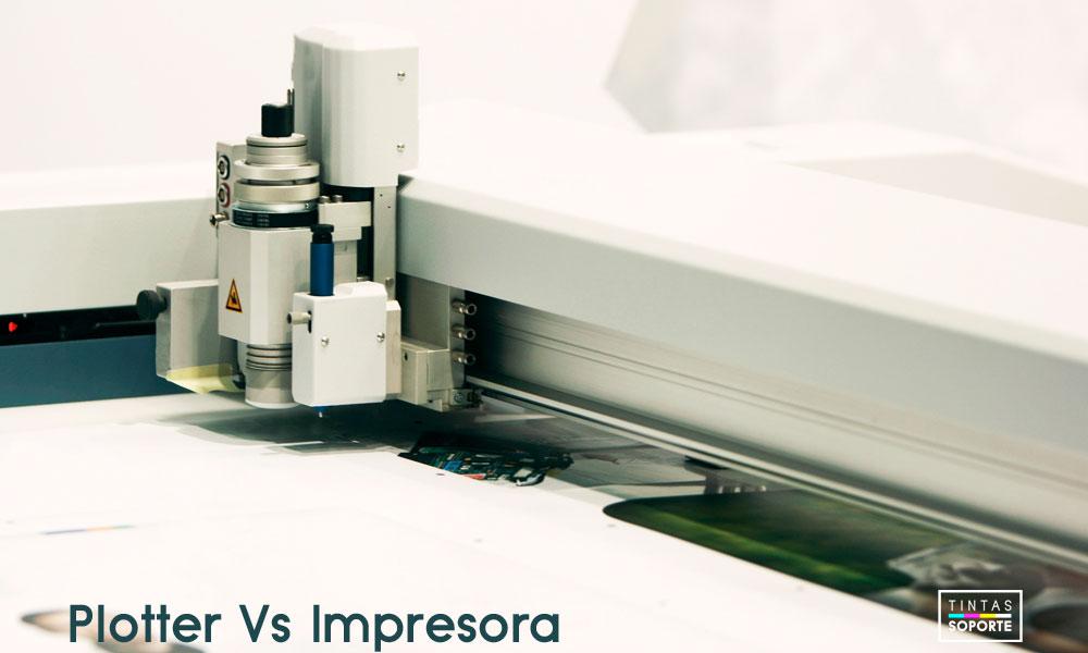 Qué diferencia hay entre un plotter y una impresora de gran formato?
