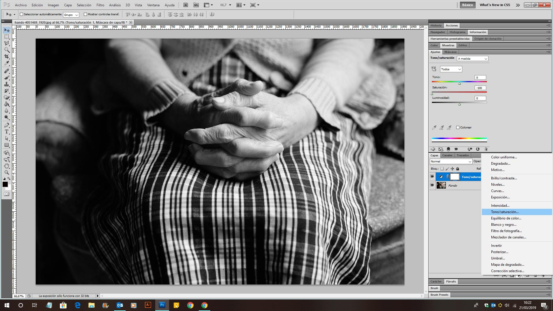 Imagen de como convertir una imagen de color a bvlanco y negro con adobe photoshop cs5